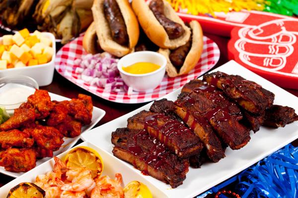 tailgate-food-wings-ribs-shrimp-gluten-free